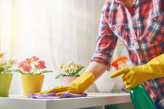 Как и чем отмыть пластиковый подоконник
